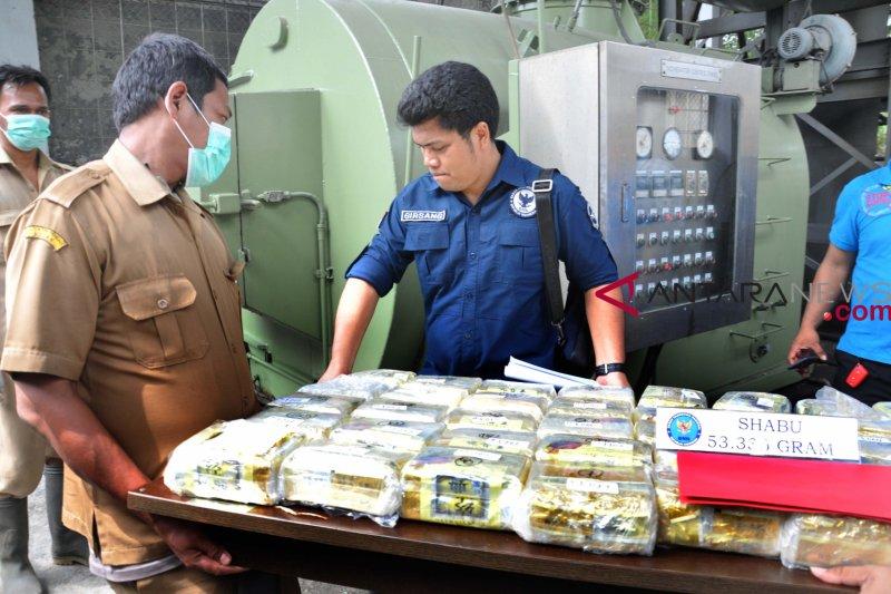 Polda Riau bekuk tiga napi Bengkalis pengendali narkoba