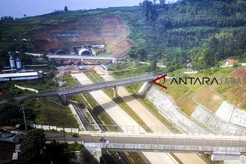 PT CKJT targetkan pengadaan lahan untuk dua seksi Tol Cisumdawu tuntas 2019