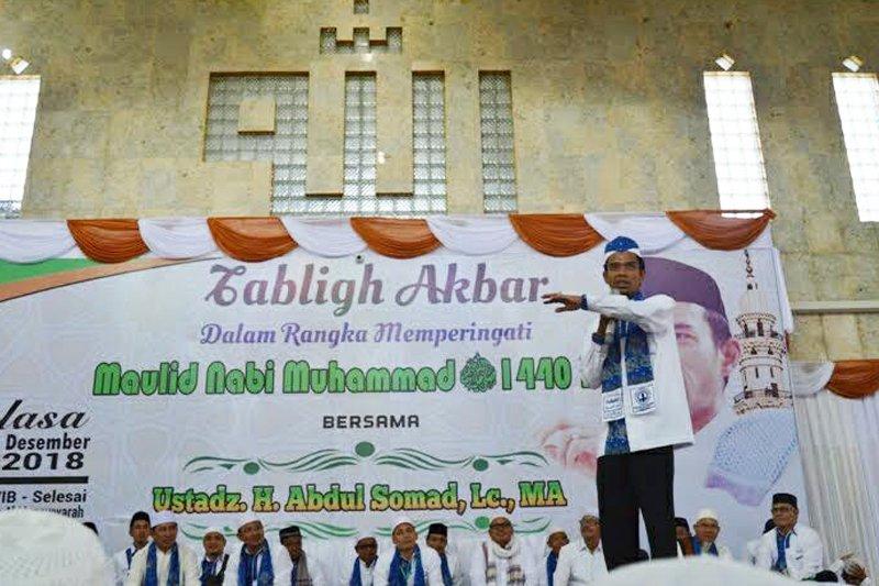 Puluhan ribu hadiri tabligh akbar ustadz Abdul Somad di Buntok