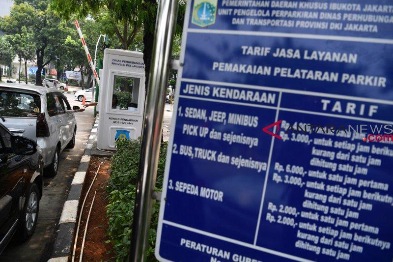 Parkir di DPRD DKI akan diatur