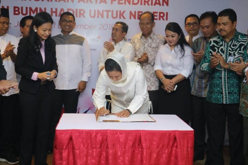Menteri Rini berharap Yayasan BUMN bisa jadi ujung tombak