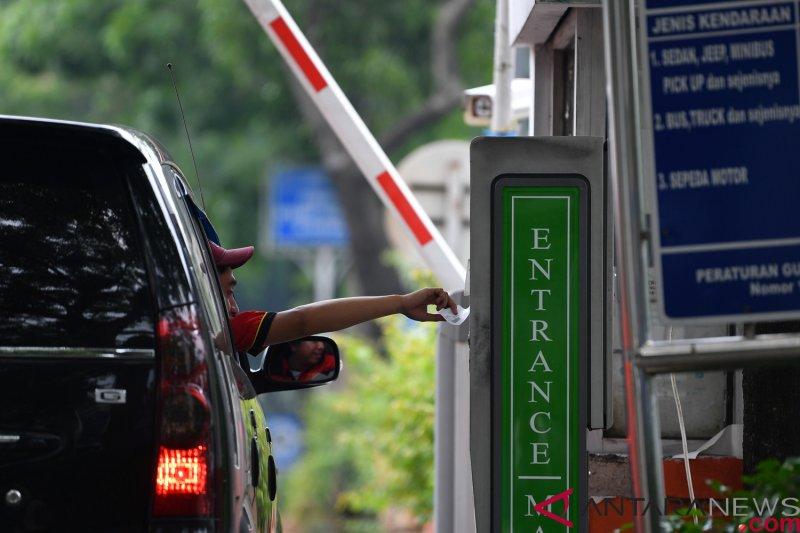Rencana Kenaikan Tarif Parkir Jakarta