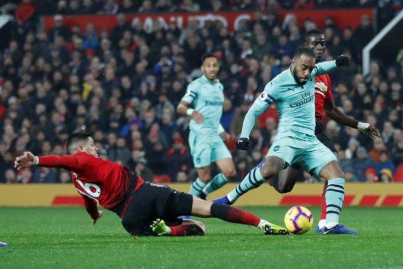 Liga Inggris - Manchester United hanya berbagi poin dengan Arsenal