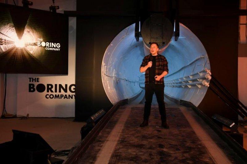 Elon Musk bangun terowongan pertamanya di LA