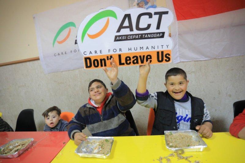 Dapur Indonesia sajikan makanan bergizi bagi anak sindrom down Gaza
