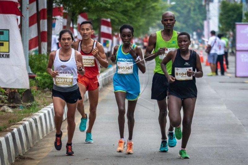 Pelari top nasional dan mancanegara bersaing dalam Semarang 10K
