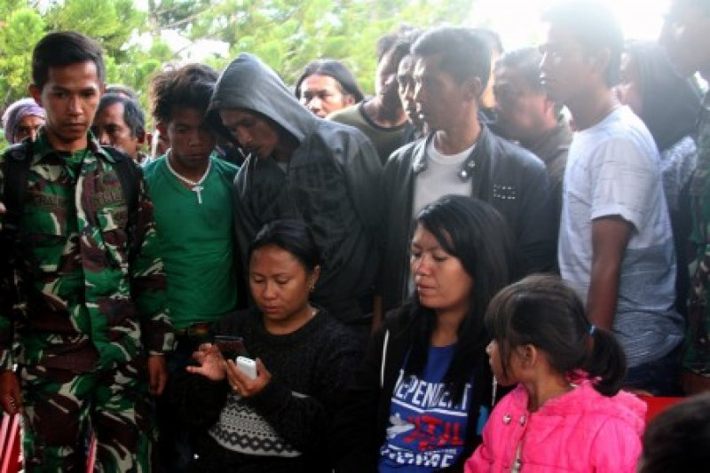 Penembakan pekerja jalan trans Papua