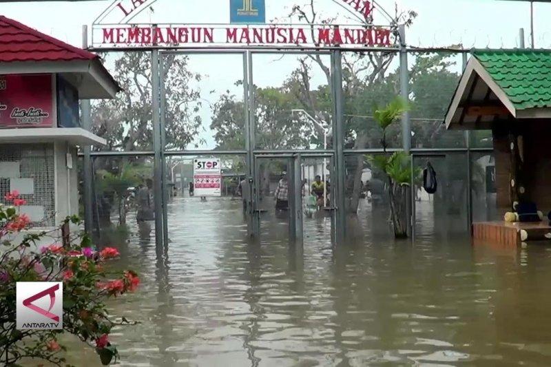 Lapas terendam banjir, 300 Narapidana dievakuasi