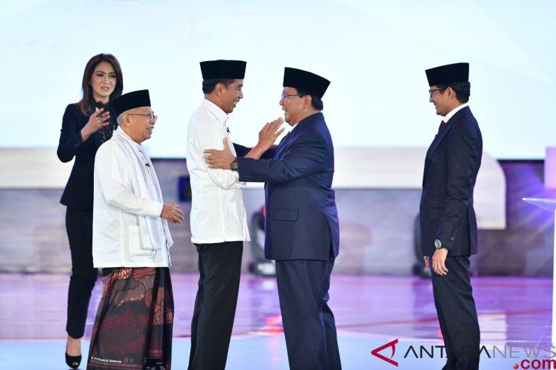 Survei Median: Prabowo-Sandi merangkak naik dekati Jokowi-Ma'ruf Amin