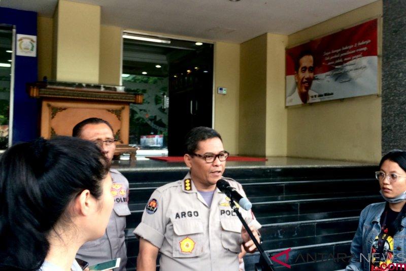 Polisi periksa belasan saksi kasus teror bom petinggi KPK