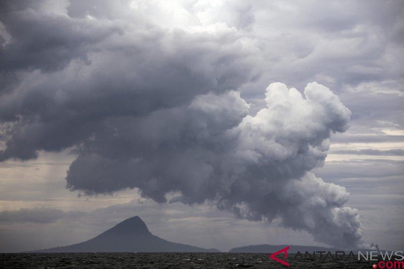 Gunung Anak Krakatau dilaporkan sekali gempa tektonik lokal
