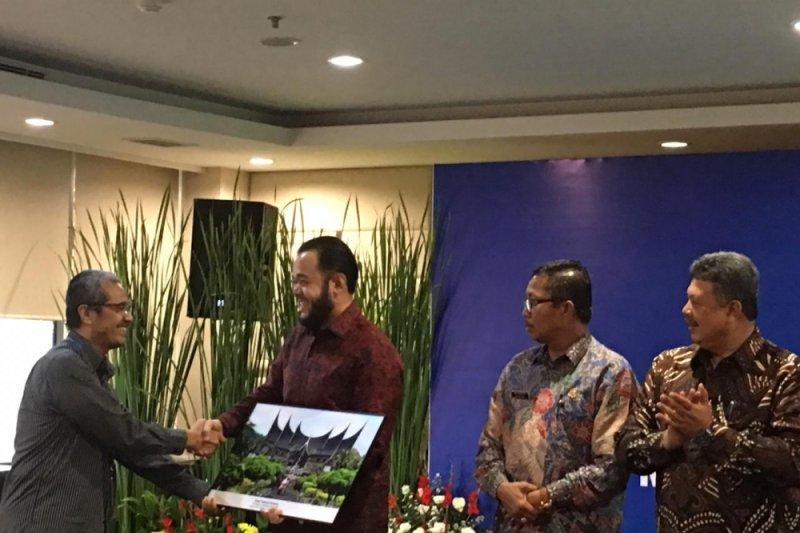 Padang Panjang terima penghargaan Indeks Kota Cerdas Indonesia