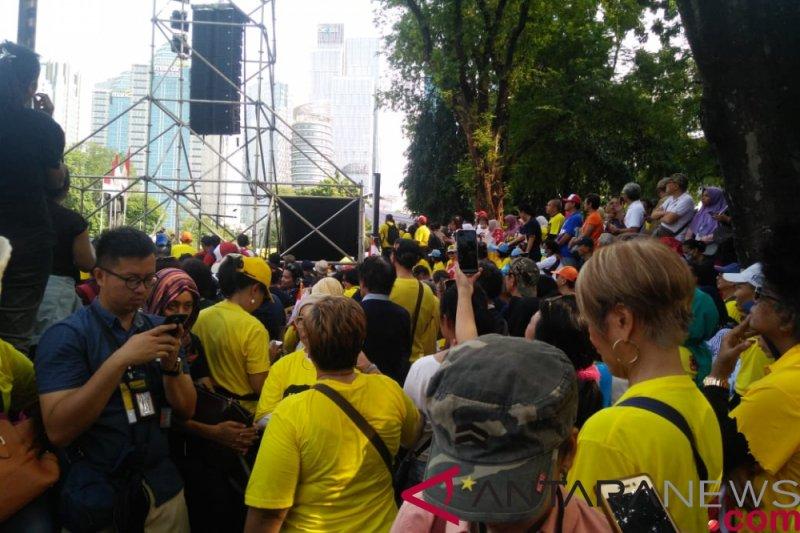 Musisi Lala Karmila bacakan deklarasi alumni perguruan tinggi