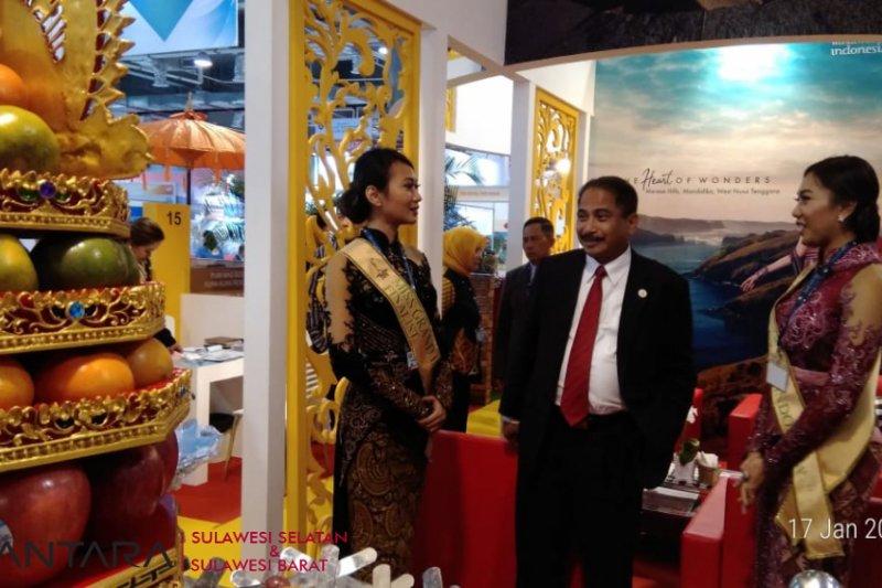 Singapura sebagai tourism hub bagi Indonesia