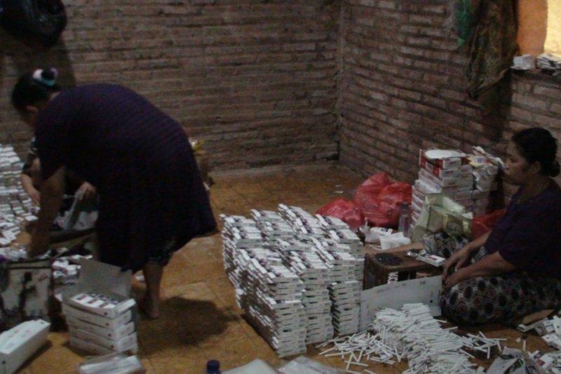 1,16 juta rokok ilegal di Jepara disita
