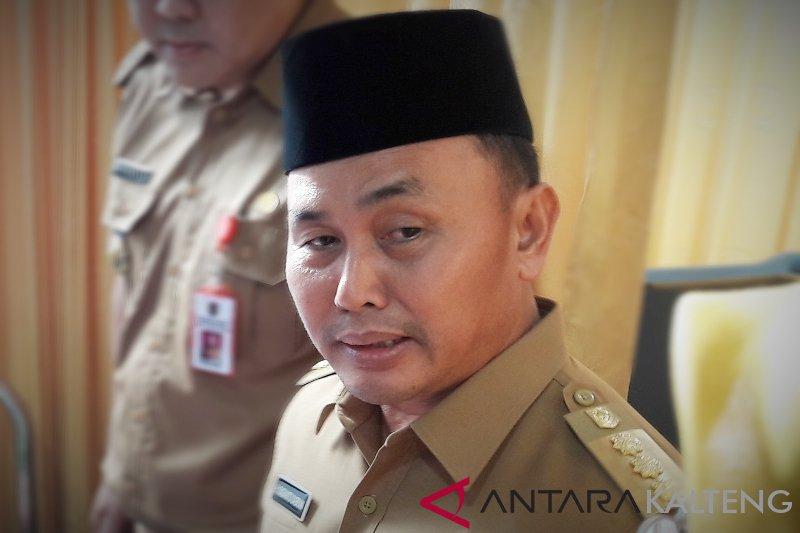 Gubernur ajak masyarakat tidak menentang nilai budaya 'Huma Betang'