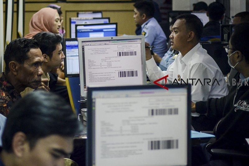 Astakira minta Imigrasi Cianjur lebih selektif pembuatan paspor