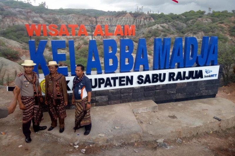 Sembilan wisata penyangga Kellaba Madja di Sabu Raijua
