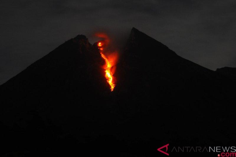 Merapi kembali luncurkan guguran lava pijar