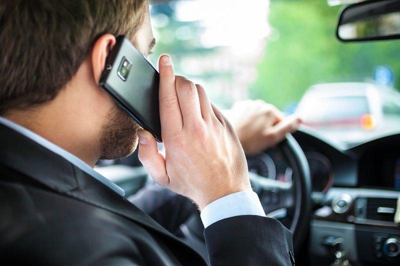Tips aman berkendara di era adaptasi kebiasaan baru