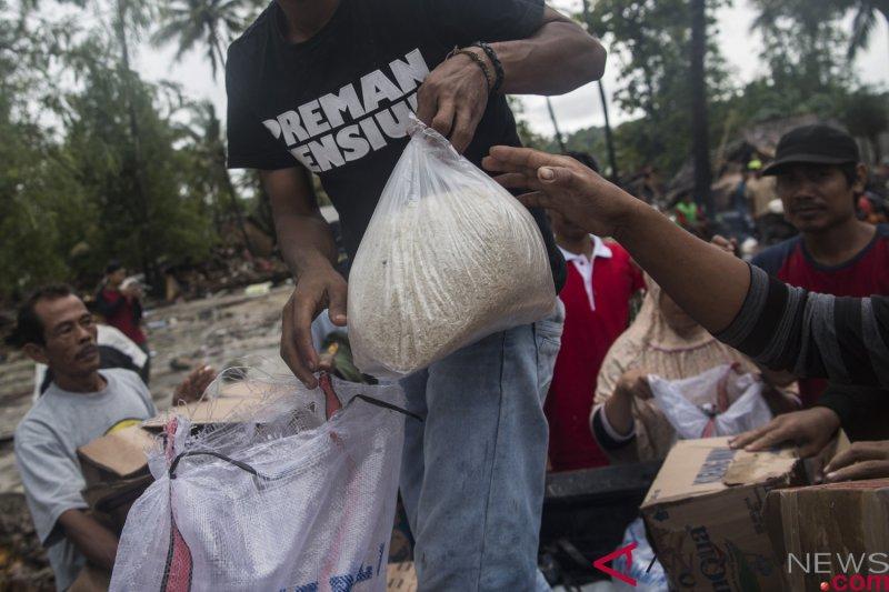 Bantuan beras dibutuhkan warga korban tsunami Pantai Carita