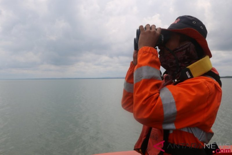 Perahu bermesin dengan 15 penumpang hilang di perairan Raja Ampat