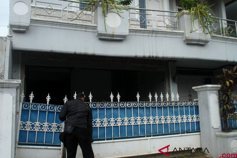 Polisi cari pelaku teror pimpinan KPK melalui sidik jari