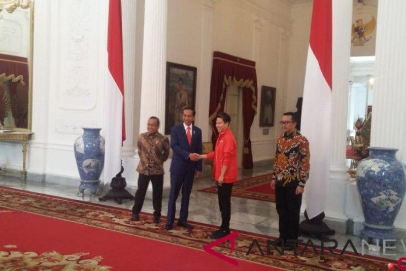 Jokowi terima Liliyana