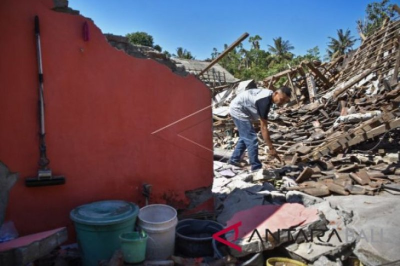 Polisi OTT  Pegawai Kemenag Lombok Barat potong dana Bantuan gempa