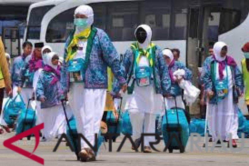 Penerbangan perdana CJH Riau dimajukan dua hari