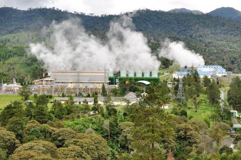 Menakar panas bumi energi terbarukan