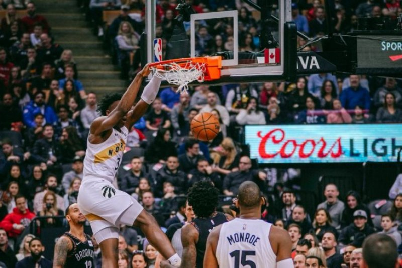 Leonard pimpin Raptors kalahkan Nets pada laga NBA