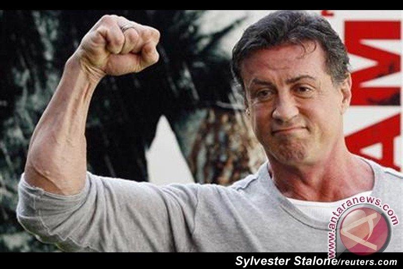 """Produser film """"Rambo"""" meninggal di usia 74 tahun"""