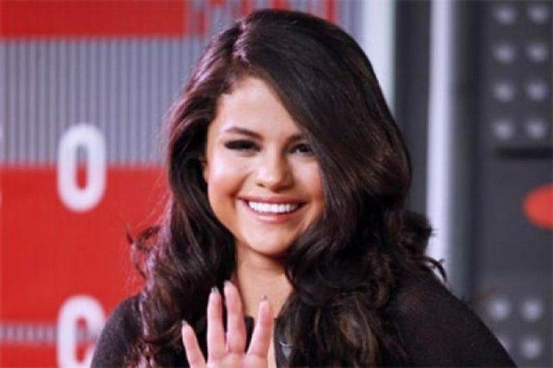 Pesan 'penuh cinta' dari Selena Gomez untuk Justin Bieber