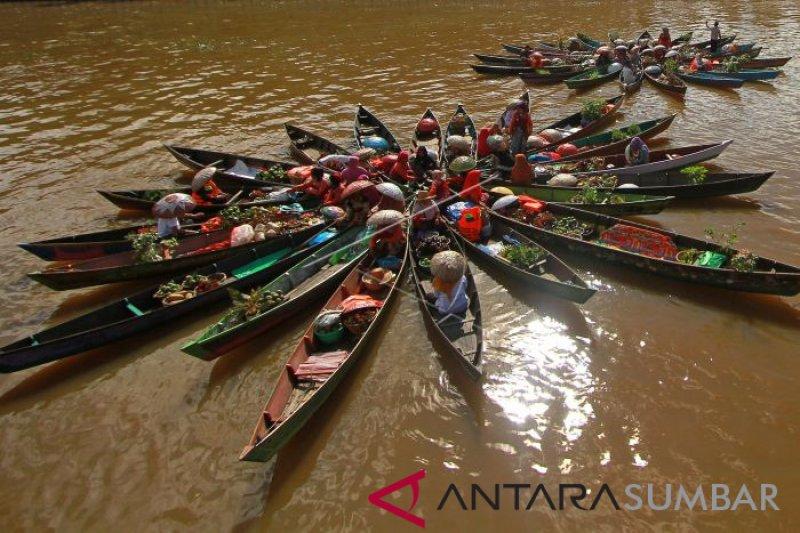 Ratusan kepala daerah akan dijamu di pinggiran sungai Martapura