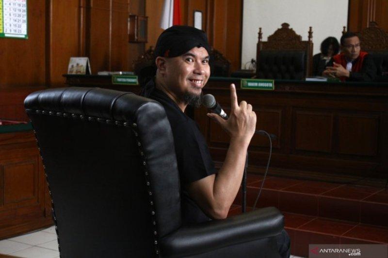 Ahmad Dhani dapat kunjungan dari anggota DPR