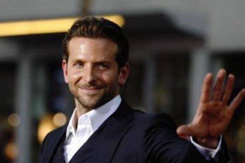 Bradley Cooper mengaku malu tidak masuk nominasi sutradara terbaik Oscar