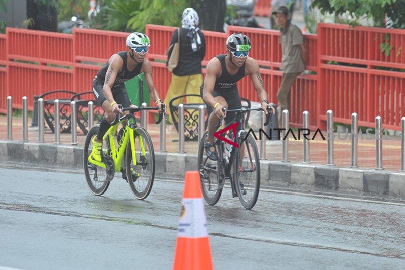 Ampera ditutup sementara demi Palembang Triathlon Foto Page 1