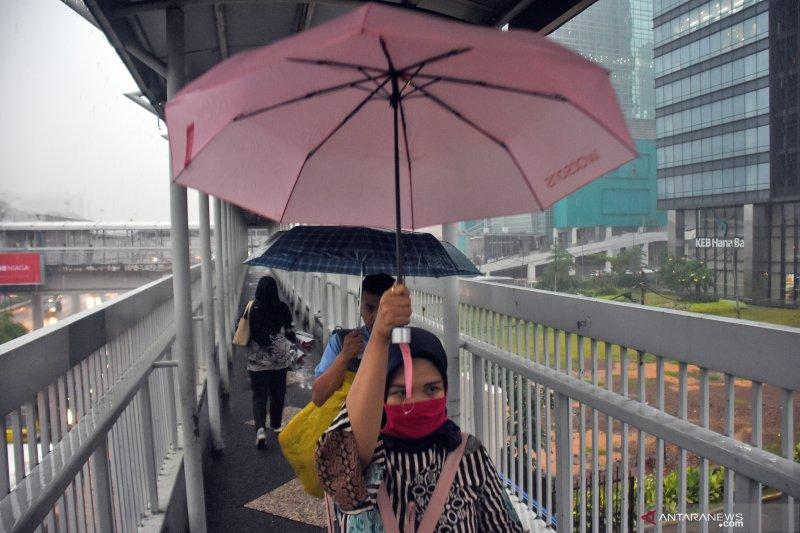Jakarta dan sekitarnya cerah berawan pada Senin