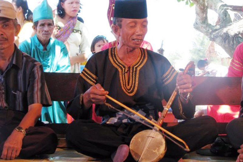 Rabab Pasisia becomes mandatory entertainment for every official government event