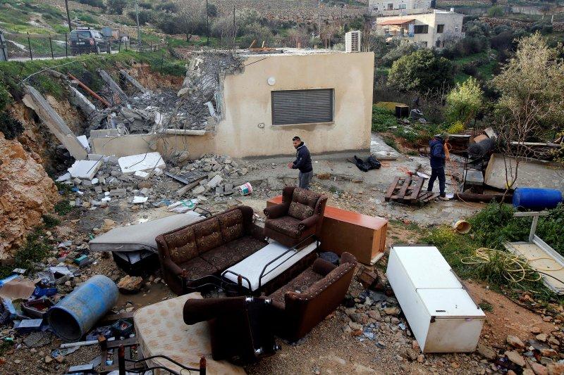 Pemukim Yahudi serang rumah orang Palestina di Tepi Barat
