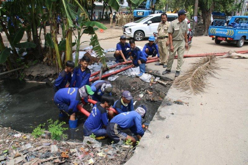Sudin SDA siagakan pompa untuk antisipasi banjir di Jalan Gaya Motor