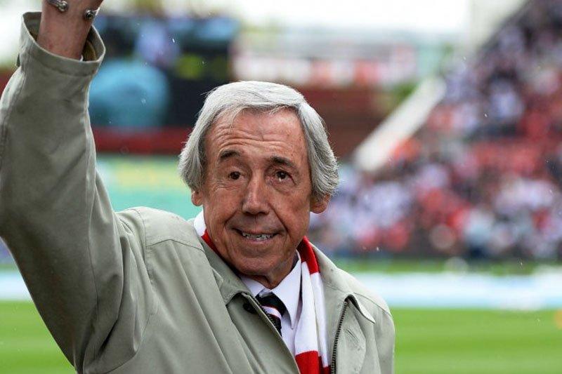 Kiper Inggris Piala Dunia 1966 Gordon Banks  meninggal