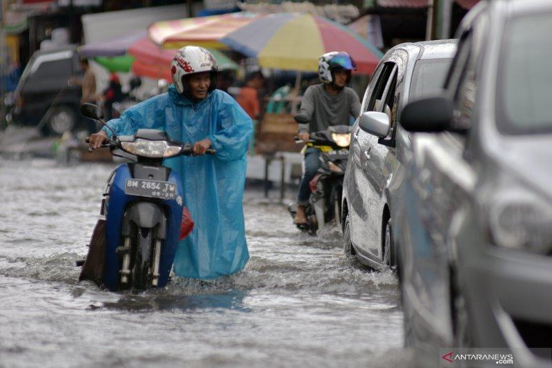 Pemerintah Kota Pekanbaru belum optimal atasi banjir, begini penjelasannya
