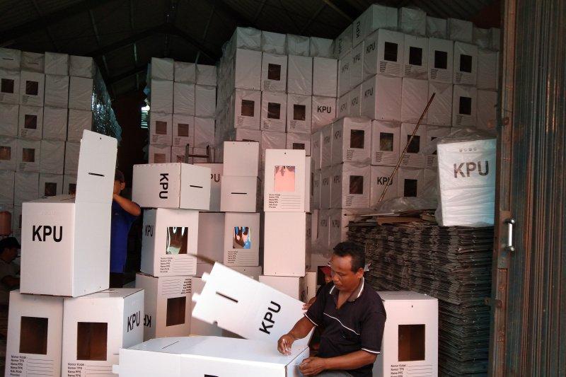 KPU Bantul rampungkan perakitan kotak suara Pemilu 2019
