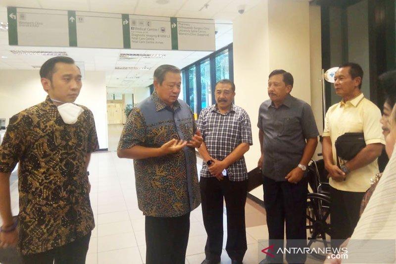SBY sebut Ibu Ani sangat kuat