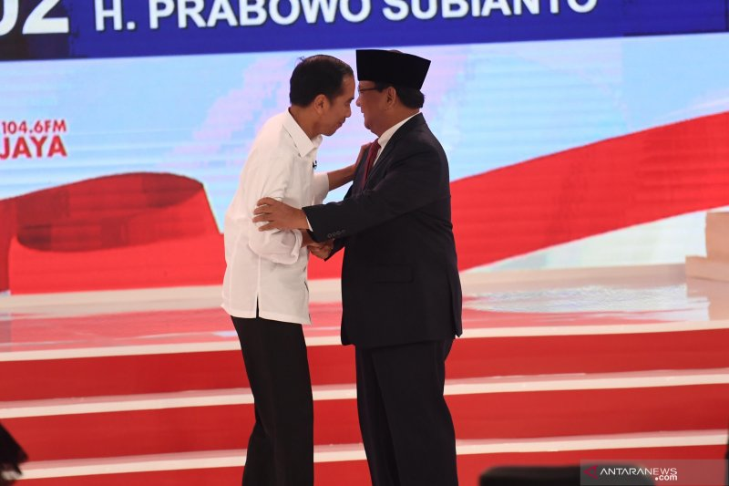Analisis gestur Jokowi-Prabowo, debat damai walau sama-sama tegang