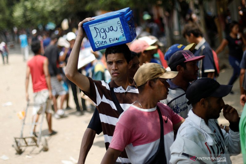 Kolombia akan beri status hukum sementara untuk imigran asal Venezuela