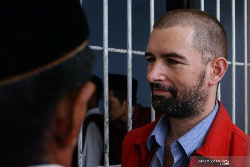 Hakim perintahkan tahan perwira polwan terima suap dari bandar narkoba asal Perancis