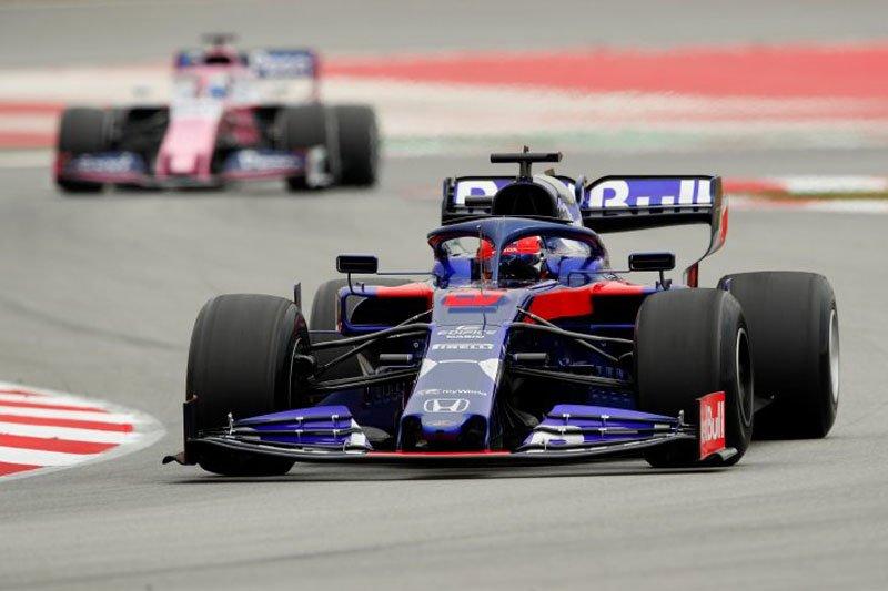 Daniil Kvyat bawa Toro Rosso tercepat hari ketiga tes pramusim di Catulunya.